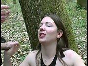 Emy fait la pute au bois boulogne